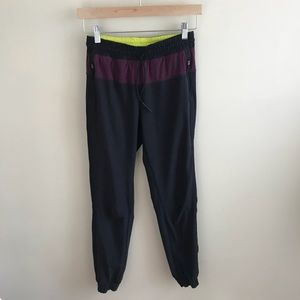 Lululemon Black Gray Slim Fit Lined Jogger Pants